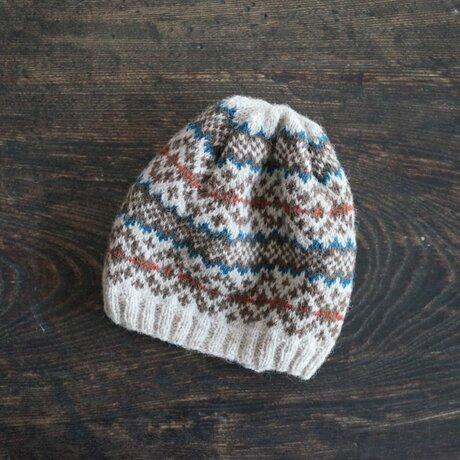 北欧風編み込み模様のニット帽 / Leikki[レイッキ]/ ブルー×レッドの画像