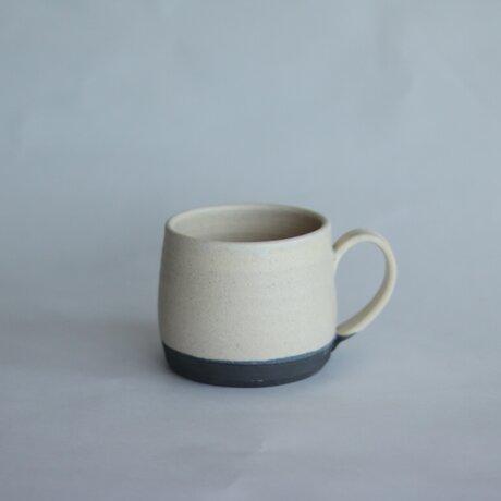 寸胴な小さめマグカップ 白の画像