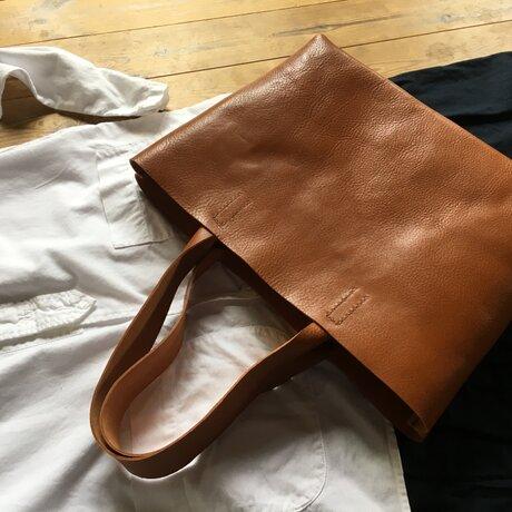 『tosca』革袋  chestnuts brown M2 肩掛けの画像