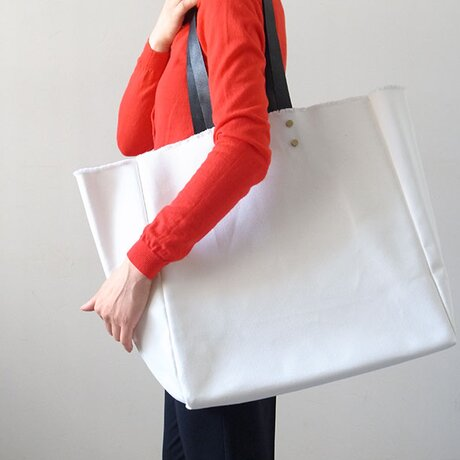 持ち手が取り外せて洗える! Stylist Bag(スタイリストバッグ) - カレン クオイル -の画像