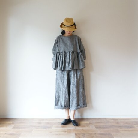 Linen washers gather blouse GRAYの画像