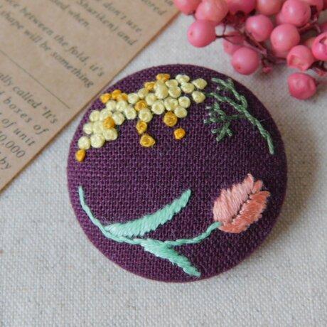 刺繍 ブローチ ミモザとチューリップ 【受注製作】の画像