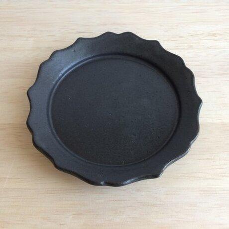 稜花リム平皿(ブラック)の画像
