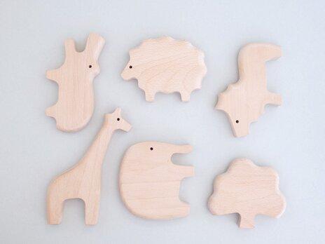 ◎出産祝いに◎【無垢の木のおもちゃ】動物5体+ツリーの6個セット(キリン・ぞう・かば・ライオン・ひつじ・ツリー)の画像