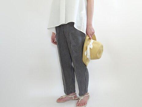 高密度JAPAN LINENテーパードパンツ<杉綾ストライプ>の画像