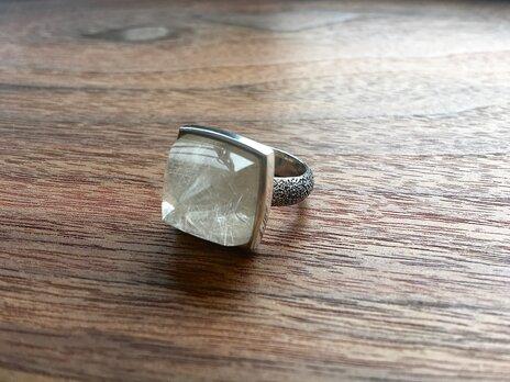 rutilated quartz ringの画像