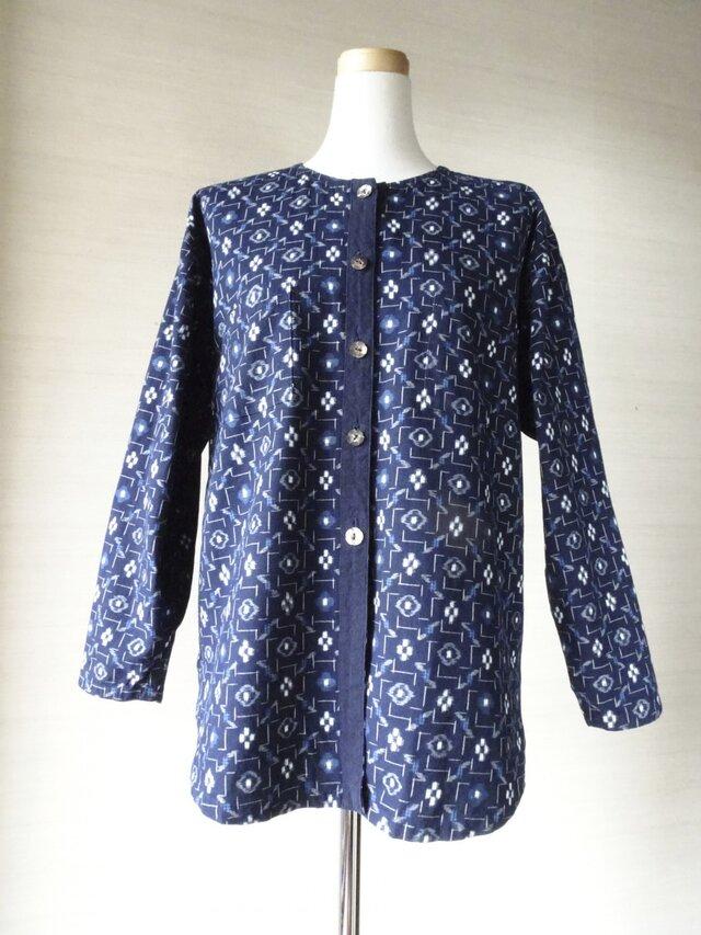 手織り久留米絣:花格子のノーカラーのプラウス(W-62)の画像1枚目