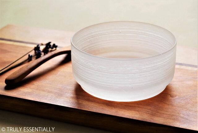 無色透明ガラスの器 -「 The Vessel of Light - 月明かりの器 」● 直径10.5cmの画像1枚目