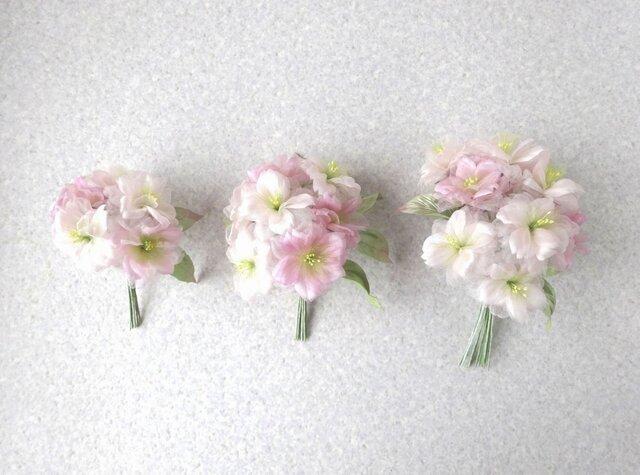 ほんのりピンクの桜 S * 2種シルク製 * コサージュ 髪飾りの画像1枚目