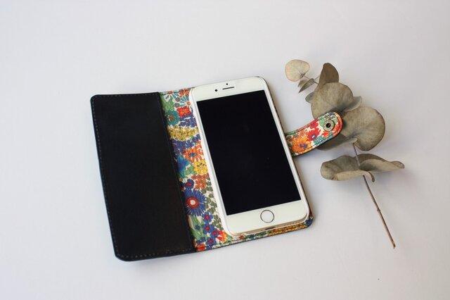 牛本革とリバティープリントのiphone6・6S・7・8・X 専用ケース  ネイビーの画像1枚目