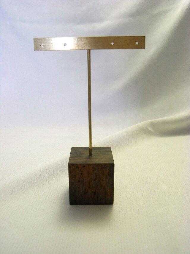 真鍮製ピアス台 T字(大)の画像1枚目