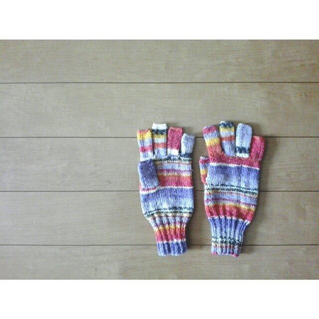 指先ほんのちょっと出の手袋の画像1枚目