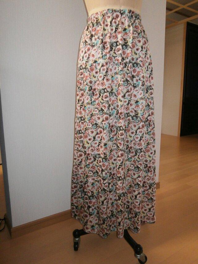 花柄スカートの画像1枚目