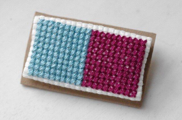 四角x2のブローチ / 空色x赤紫の画像1枚目