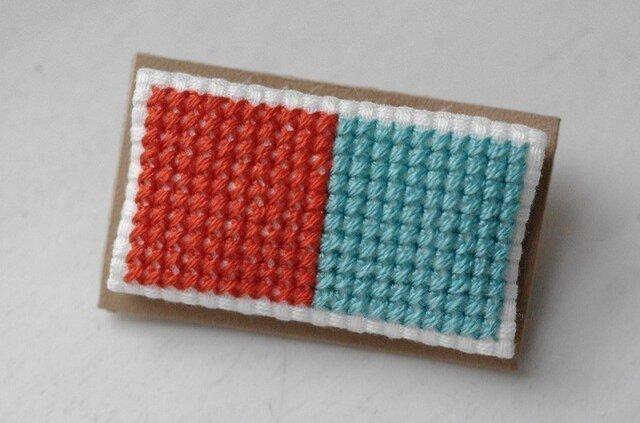四角x2のブローチ / オレンジx薄青緑の画像1枚目