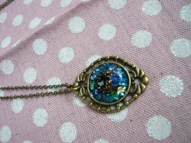 小さな指輪のネックレス (ブルー)の画像1枚目