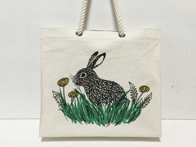 paperbag-shaped bag - rabbit and dandelion ①の画像1枚目