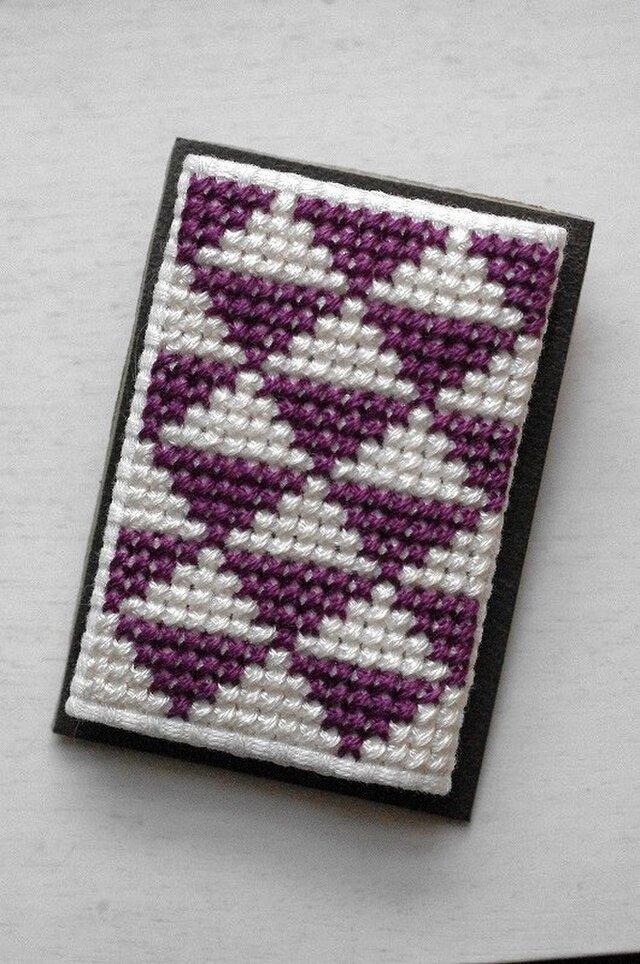 ウロコ / 紫x白の画像1枚目