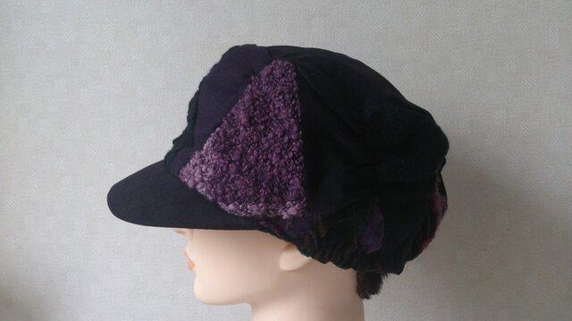 魅せる帽子☆布遊びのあったかフリーキャスケット(ブラック&ボルドー)の画像1枚目
