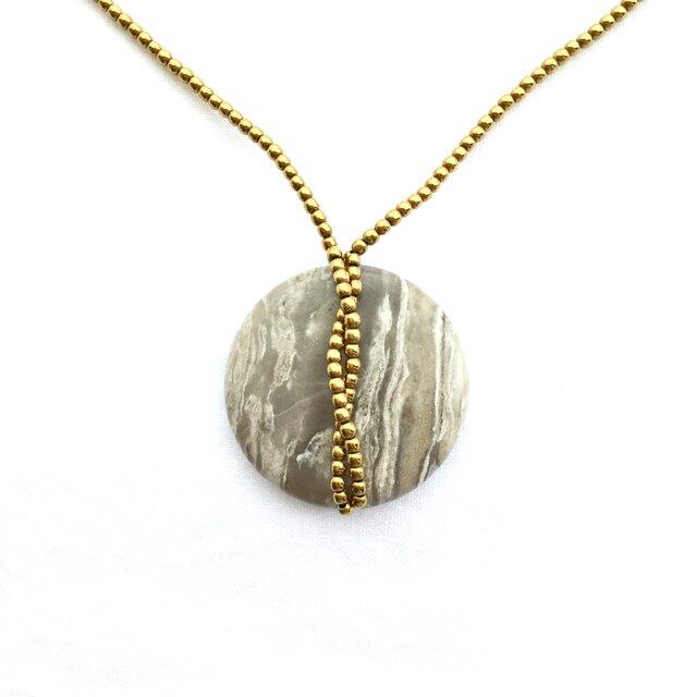 """""""medalion"""" (ゴールド) 〜 一点物! 天然石ロングペンダントの画像1枚目"""