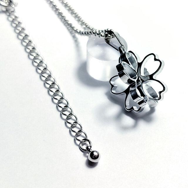 【桜の立体ネックレス】ミニサイズ / プレゼントにもの画像1枚目