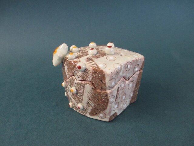 クリスマスツリーの香合(陶器)の画像1枚目