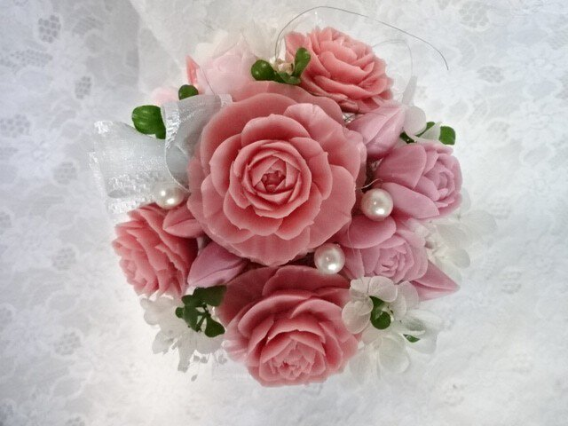 石鹸彫刻 香る花のアレンジメントの画像1枚目