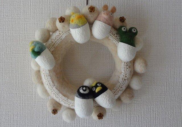 羊毛フェルトのモコモコリース(ホワイト) CS0097の画像1枚目