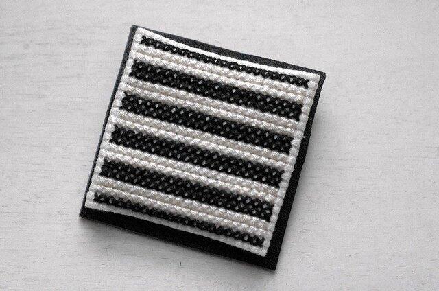 ボーダー / 白x黒の画像1枚目