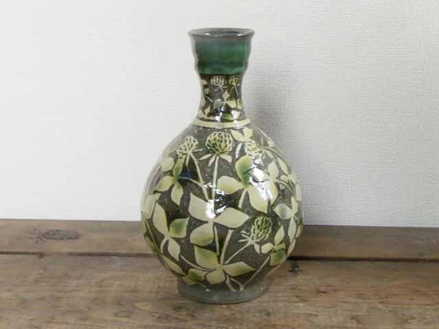シロツメクサの壷(二彩)の画像1枚目