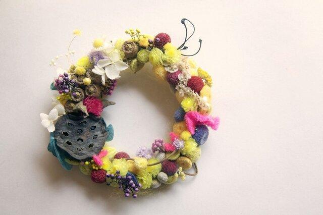 wreath-bee pollen4の画像1枚目