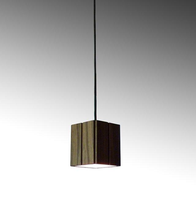 square pendant lampの画像1枚目
