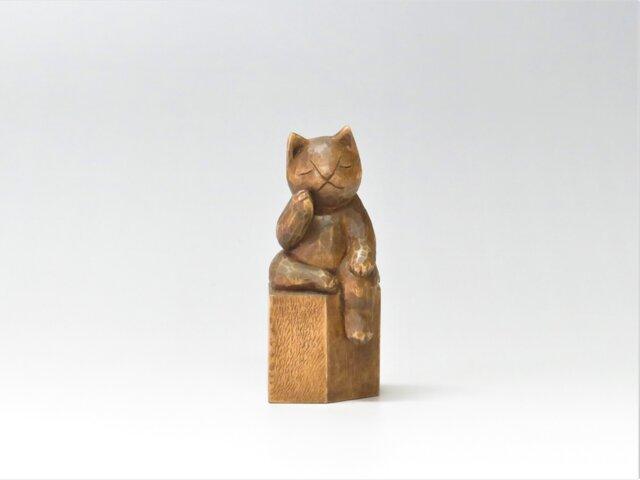 弥勒猫 木彫り 猫仏さまの画像1枚目