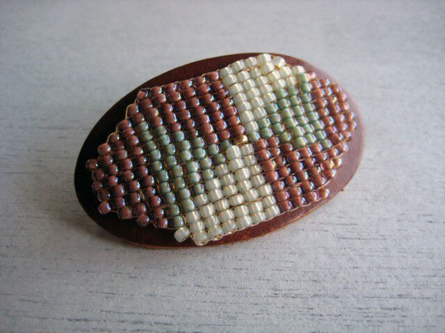 MARCH  beads barretteの画像1枚目