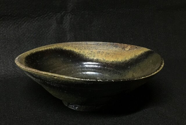 鉢の画像1枚目