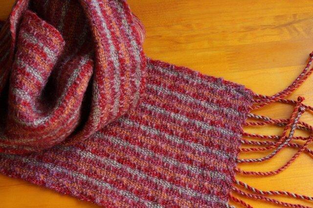 手織のマフラー 赤紅(あかべに)の画像1枚目