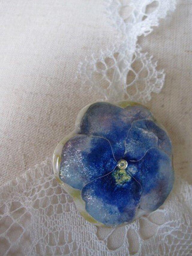 花のブローチ(青いパンジー)の画像1枚目