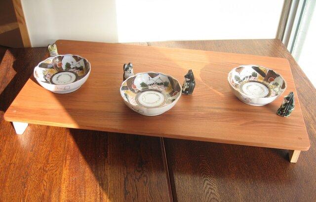 愛犬・愛猫のための食事台・・・猫ちゃん・ワンちゃんへの思いやりの画像1枚目