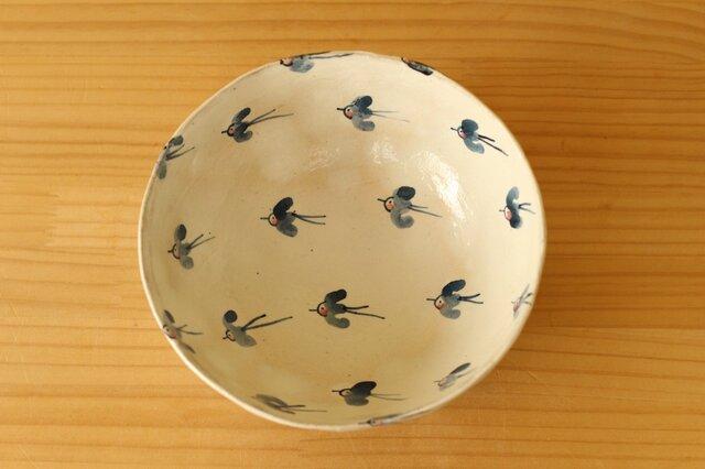 粉引きの幸せの青い鳥のサラダボウル。の画像1枚目