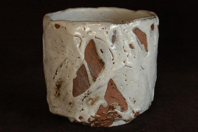 58、白萩刳り貫き筒茶碗の画像1枚目