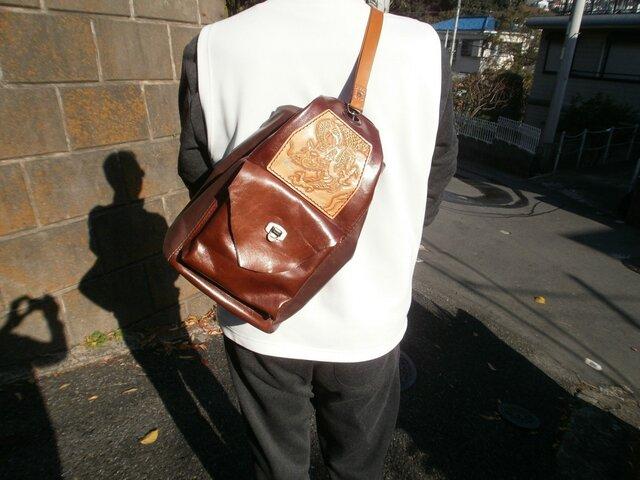 本革(牛革)のボンサック&リュックサックの2WAYバッグの画像1枚目