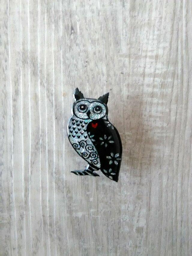 フクロウのピカピカブローチの画像1枚目