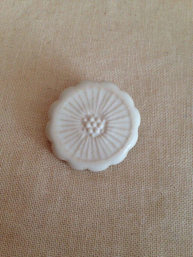 ブローチ(白花)の画像1枚目