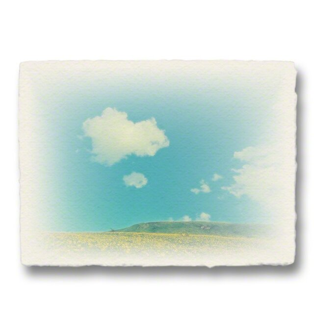 かわいい和紙の立体アートパネル「ニッコウキスゲの丘の上に浮かぶ雲」(18x13.5cm)の画像1枚目