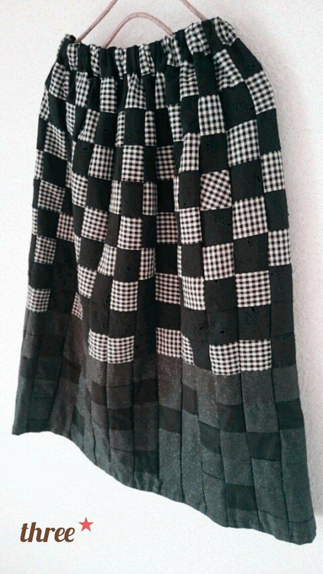 sale*小さなパッチのスカート*blackミックスの画像1枚目