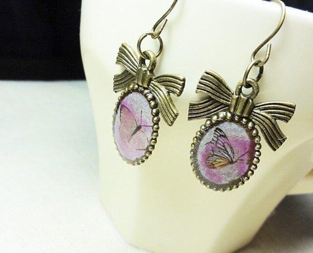 【非売品】プレゼント専用2匹の蝶々のピアスの画像1枚目