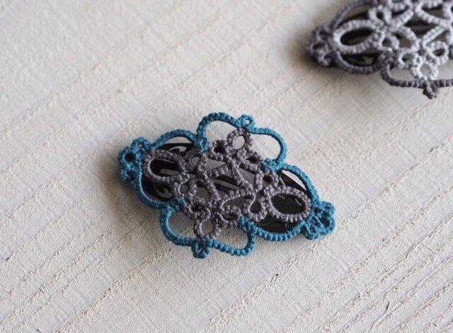 タティングレースの髪飾り《ターコイズブルー&グレー》の画像1枚目