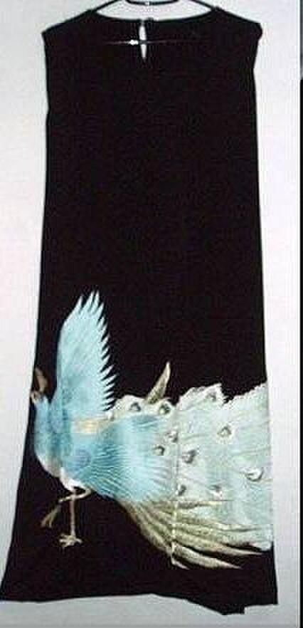 留袖リメイク☆ブルー孔雀が素敵な留袖ワンピースの画像1枚目