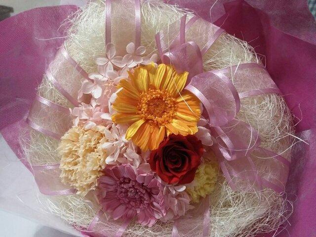プリザーブドフラワーの花束の画像1枚目
