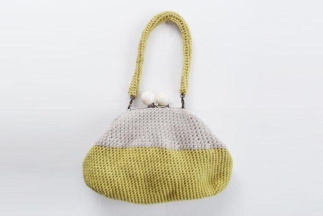 黄色いハンドバッグの画像1枚目